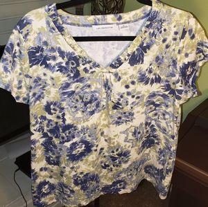 🍭Liz Claiborne V-neck Top, Short sleeves, size XL